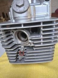 Vendo parte de cima do motor da yes ou intruder super Novo