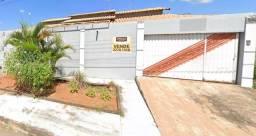 Título do anúncio: Casa com 3 quartos - Bairro Residencial Santa Fé em Goiânia