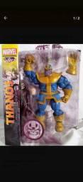 Boneco thanos Marvel select