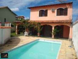 Casa com vista maravilhosa para lagoa, 04 quartos, piscina e amplo quintal