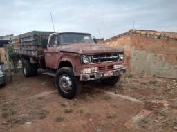 Título do anúncio: Caminhão com mecânica toda do mercedes 1113