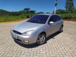 Focus Ghia 2004 2.0 16V