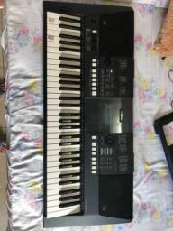Teclado arranjador Yamaha
