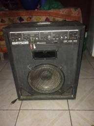 Vende se uma caixa de som por 250 reais