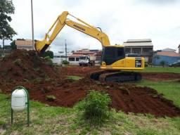 Escavações - Terraplanagem - Escavadeira - Trator