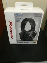 Fone de Ouvido Headphone Pioneer Preto Bluetooth SE-MS7BT-K + case