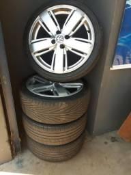 Vendo ou troco roda 17 da Amarok com pneus 205/40/17