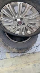 Roda com pneus!!