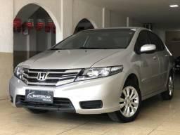 Honda City 1.5 LX Completo Automático, com revisões feitas na concessionária - 2013
