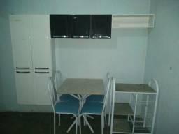Armário, fruteira e mesa 4 cadeiras