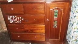 Vendo cômoda de madeira