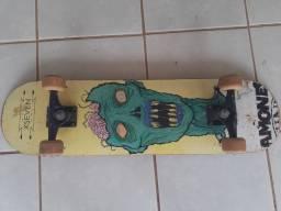 Vendo Skate semi-novo