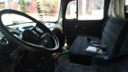 Caminhão caçamba Mercedes Benz 1313
