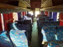 Ônibus 40 lugares com ar condicionado - 2008