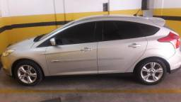 Ford focus 18 mil + parcelas de 750 - 2014