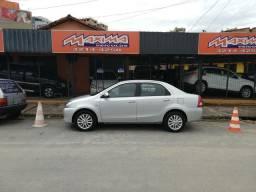 Etios Sedan XLS Flex 2014 Completo + Airbag e ABS - 2014