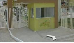 Aluga-se apartamento (térreo)