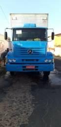 Caminhão Mercedes-Benz - 2000