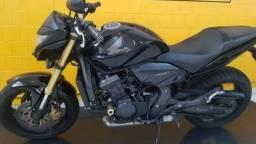 Honda CB 600F 2013/ estudo a prazo - 2013