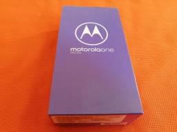 Motorola One Macro (Azul Espacial)
