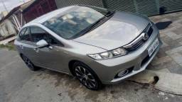 Honda civic LXR - 2013