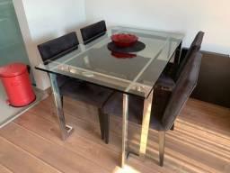 Mesa Jantar Breton + 4 cadeiras R$ 1.900