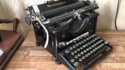 Máquina de escrever 1940/60 Raridade