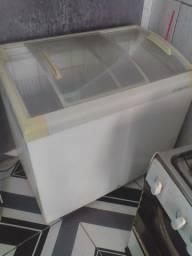 Freezer 1350 metal frio