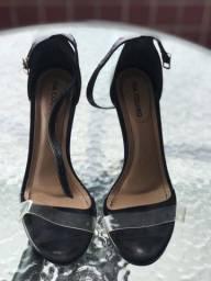 Título do anúncio: Sandália com frente de silicone n.36