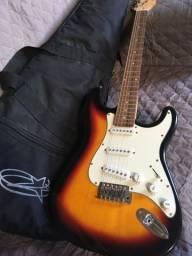 Guitarra Dolphin (VALOR NEGOCIÁVEL)