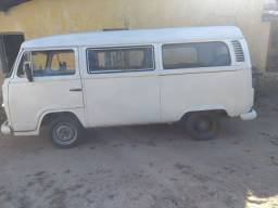 Kombi 1998 em ótimo estado