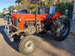Trator Massey-Ferguson 65x