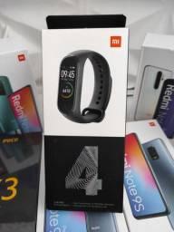 Só dá Xiaomi! Mi Band 4  . Novo LACRADO Garantia entrega hj