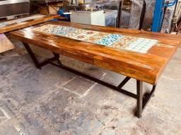 Mesa de Jantar ladrilho hidráulico madeira