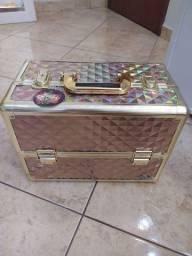 Vendo maleta de maquiagem NUNCA USADA