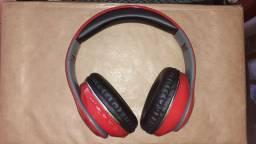 Fone de ouvido sem fio Bluetooth praticamente novo