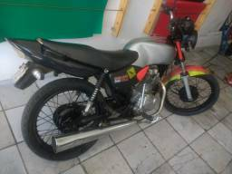 Troco em outra moto atrasada só tem o Bo ano 2000 - 2000
