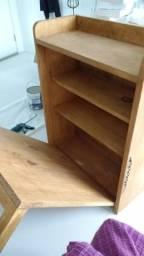 Mesa de madeira para 2 pessoas