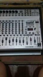 Mesa de som Boehringer com efeito 12 canais