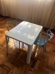 Mesa para dibujo infantil
