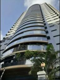 Vende-se Excelente Apartamento no Ed. Torre de Ávila no Umarizal