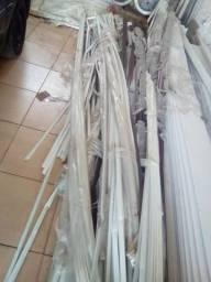 Meia cana de PVC