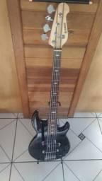 Baixo Yamaha 5 cordas