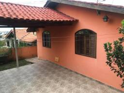 Casa Térrea / Alto Boqueirão / 3 quartos / cozinha sob medida