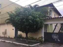 Casa com 3 dormitórios para alugar, 220 m² por R$ 1.750/mês - Residencial Coqueiral - Vila