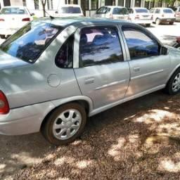 Corsa Sedan 1.6 ano 2000/2001 - 2000