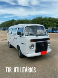 Volkswagen konbi carater ano 2012 9 lugares - 2012