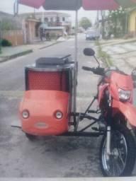 Sidecar adaptado para vendas de refeições rápidas ou lanches