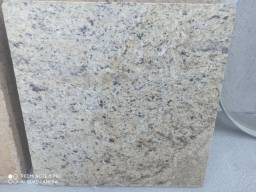 Granito cor Maracujá 41 cm X 41 cm