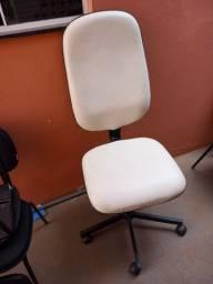 Cadeira diretor giratoria